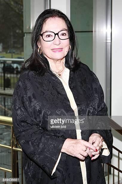 Nana Mouskouri - die griechische Saengerin