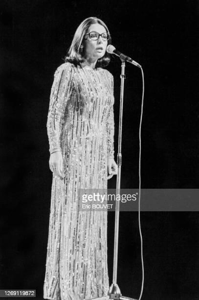 Nana Mouskouri en concert au Palais des Congrès à Paris le 17 janvier 1984, France