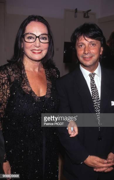 Nana Mouskouri et Hervé Vilard à la salle Pleyel en octobre 1995 à Paris France