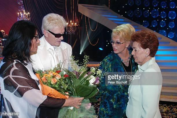 Nana Mouskouri Heino Ehefrau Hannelore Kramm Lys Assia ARDShow Herzlichen Glückwunsch die M I C A E L S C H A N Z E Jubiläumsgala Europapark Rust...