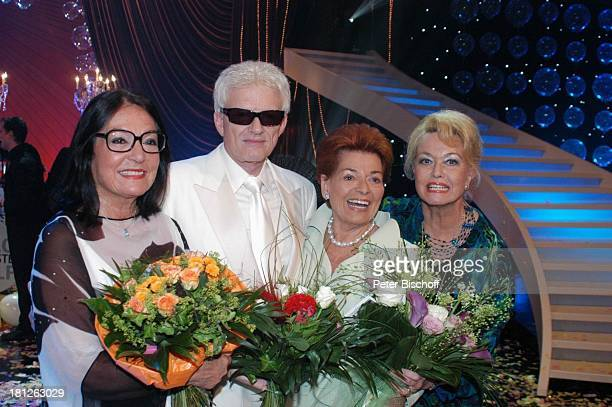 Nana Mouskouri Heino Lys Assia Hannelore Kramm ARDShow Herzlichen Glückwunsch die M I C A E L S C H A N Z E Jubiläumsgala Europapark Rust Silver Star...