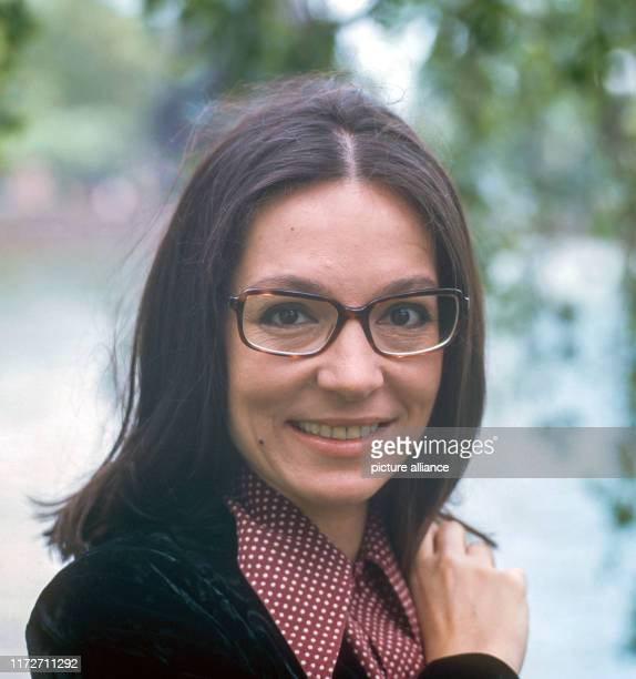 Nana Mouskouri in May 1972 The greek singer and politician was born an 13 October 1934 | usage worldwide