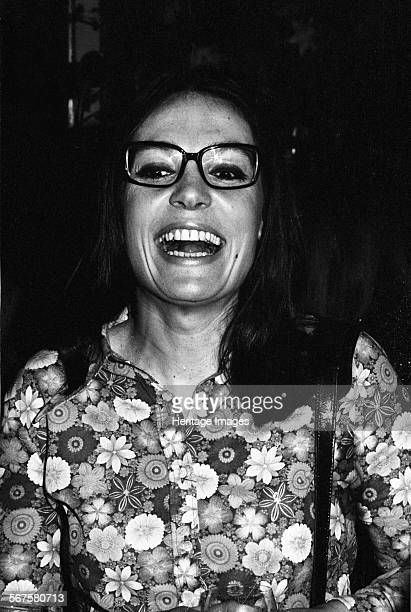 Nana Mouskouri London 1971
