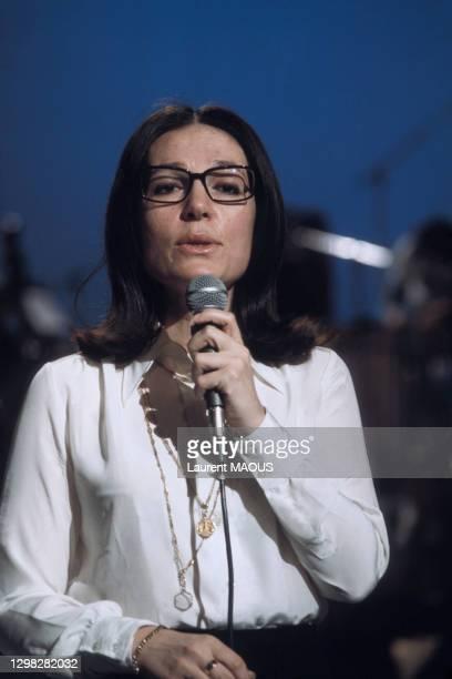 Nana Mouskouri lors de l'émission 'TOP' le 23 février 1974 à Paris, France