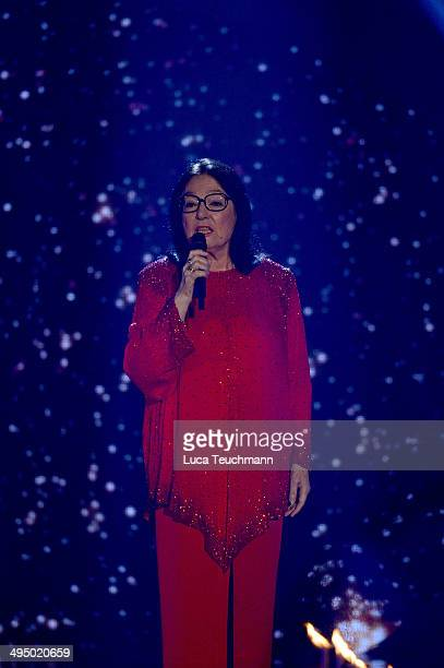 Nana Mouskouri performs 'Das Sommerfest am See' TVShow on May 31 2014 in Erfurt Germany
