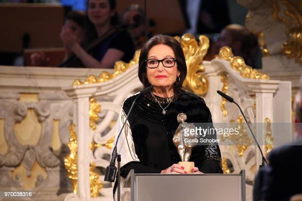 Nana Mouskouri with award during the European Culture Awards TAURUS 2018 at Dresden Frauenkirche on June 8 2018 in Dresden Germany