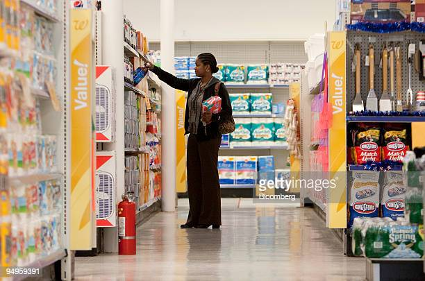 60 Top Walgreens Shopper Pictures, Photos, & Images - Getty Images