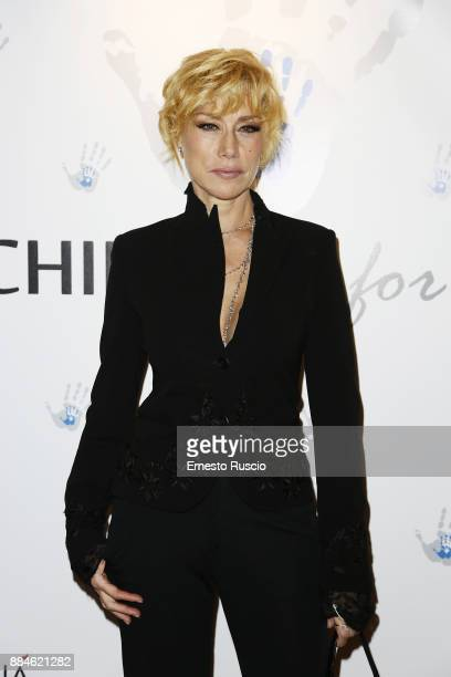 Nancy Brilli arrives for the Children for Peace Gala Dinner at Cardinal Gallery on December 2, 2017 in Rome, Italy.