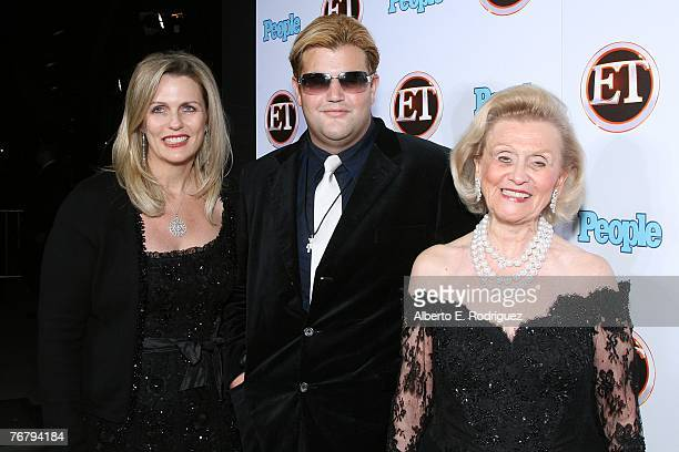 Nancy Davis Jason Davis and Barbara Davis arrive at 11th Annual Entertainment Tonight Party sponsored by People held at the Disney Concert Hall on...