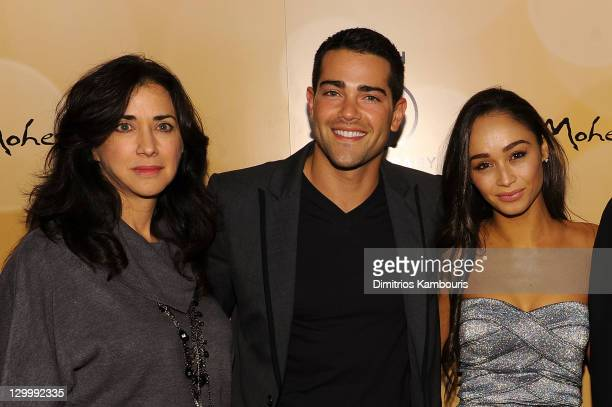 Nancy DeMaio Jesse Metcalfe and Cara Santana attend Mohegan Sun's 15th Anniversary Celebration at Mohegan Sun on October 22 2011 in Uncasville...