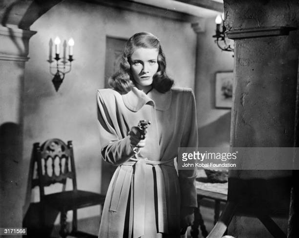 Nancy Guild stars as the disturbed Merle Davis in 'The Brasher Doubloon' a Raymond Chandler detective story directed by John Brahm