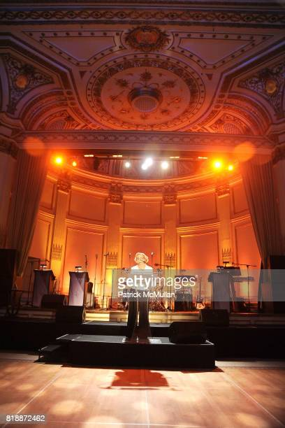 Nancy Heigl attends 13th Annual ASPCA Bergh Ball at The Plaza on April 15 2010 in New York City