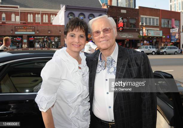 COVERGE**** Nancy Jones and husband Country Music Legend George Jones celebrate at his George Jones' 80th birthday party at Rippy's Bar Grill on...
