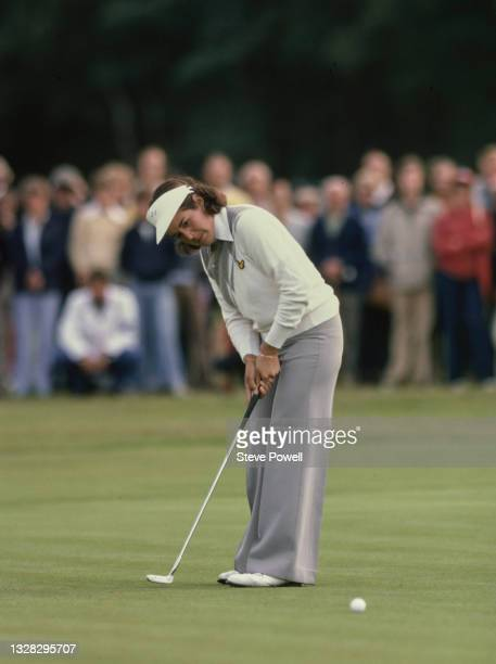 Nancy Lopez of the United States makes a putt during the Colgate European Women's Open golf tournament on 5th August 1978 at the Sunningdale Golf...