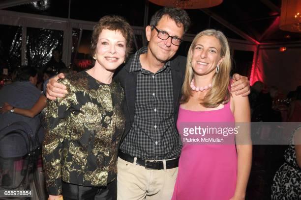 Nancy Magoon Fred Tomaselli and Heidi Zuckerman Jacobson attend AMY JOHN PHELAN host wineCRUSH 2009 for the ASPEN ART MUSEUM at Phelan Residence on...