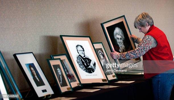 DENVER COLO MARCH 9 2006 Nancy Mucker<cq> arranges a portrait of Miriam Goldberg<cq> publisher of the Intermountain Jewish News<cq> and a member of...