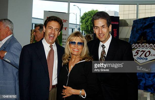 Nancy Sinatra John Scheinfeld and David Leaf of LSL Productions and Writer Director and Producers of Vintage Sinatra