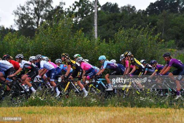 Nancy Van Der Burg of Netherlands and Jumbo Visma Women Team, Joscelin Lowden of United Kingdom and Team Drops-Le Col Supported By Tempu, Julie Van...