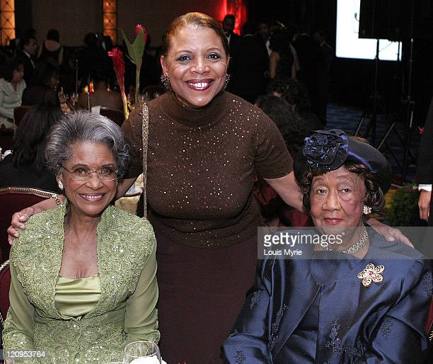 Nancy Wilson honoree Roscoe Dellums and Dr Dorothy Height president of NCNW