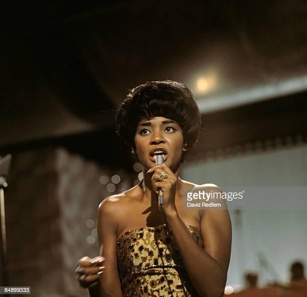 Nancy Wilson US jazz singer in concert singing into a microphone circa 1967