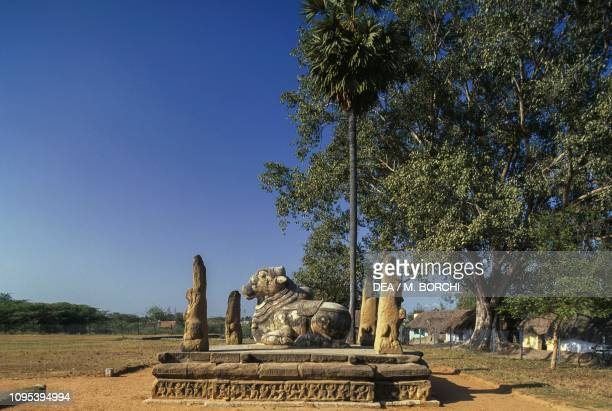 Nandi Bull, Kailasanatha temple, Kanchipuram, Tamil Nadu, India, 7th century.