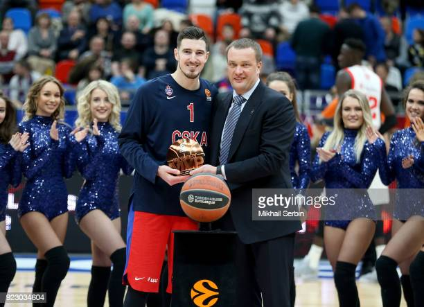Nando de Colo #1 of CSKA Moscow with MVP prize before the 2017/2018 Turkish Airlines EuroLeague Regular Season Round 23 game between CSKA Moscow and...