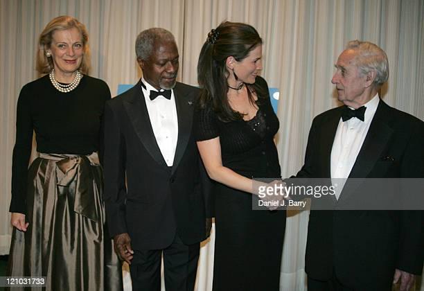 Nane Annan UN SecretaryGeneral Kofi AnnanJulia Ormond and Sir Brian Urquhart at the 2005 United Nations Correspondents Association dinner honoring...