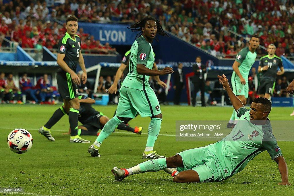 Portugal v Wales - Semi Final: UEFA Euro 2016 : News Photo