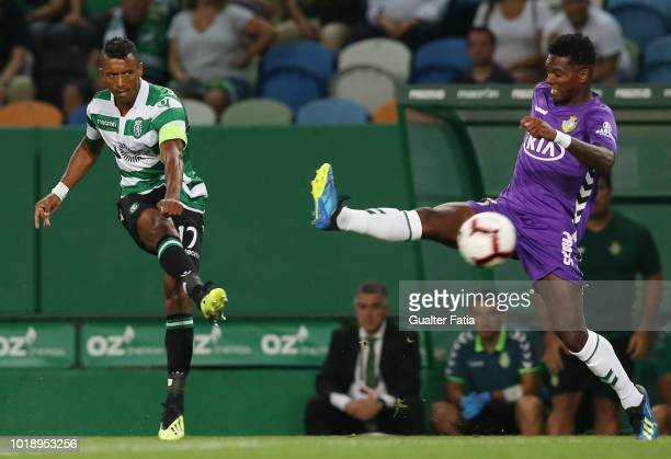 Nani of Sporting CP scores a goal during the Liga NOS match between Sporting CP and Vitoria FC at Estadio Jose Alvalade on August 18 2018 in Lisbon...