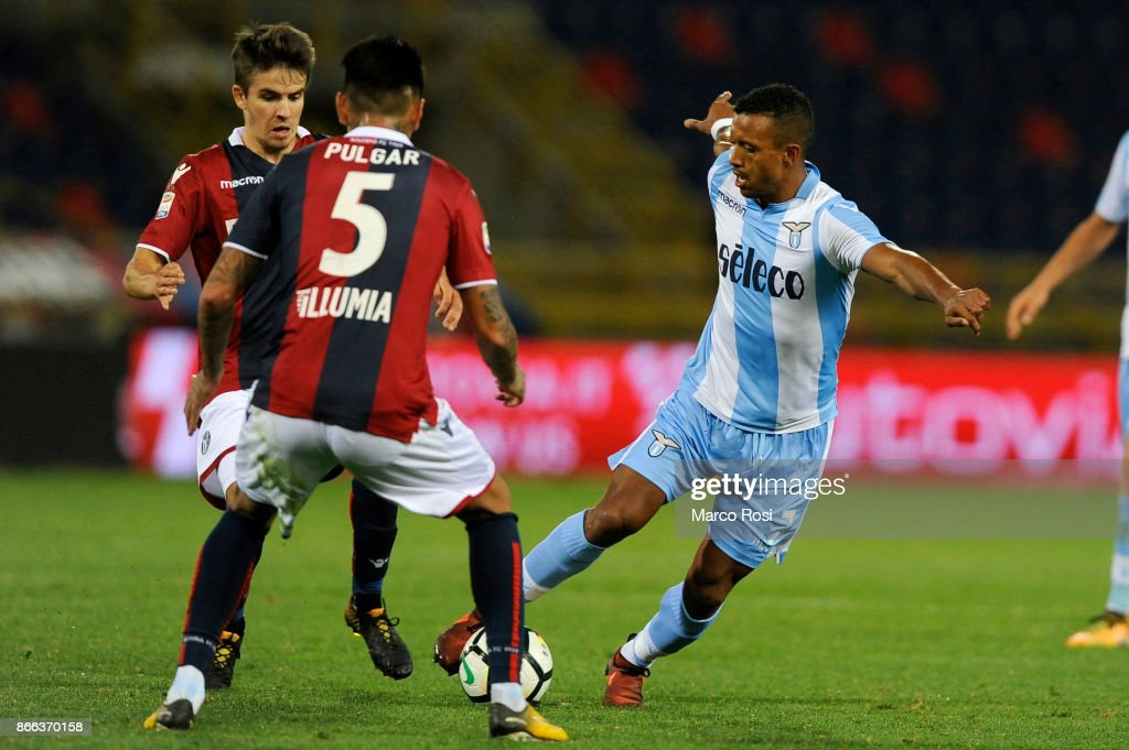 Nani of SS Lazio compete for the ball withcompete for the ball with Adam Nagy of Bologna FC during the Serie A match between Bologna FC and SS Lazio at Stadio Renato Dall'Ara on October 25, 2017 in Bologna, Italy.