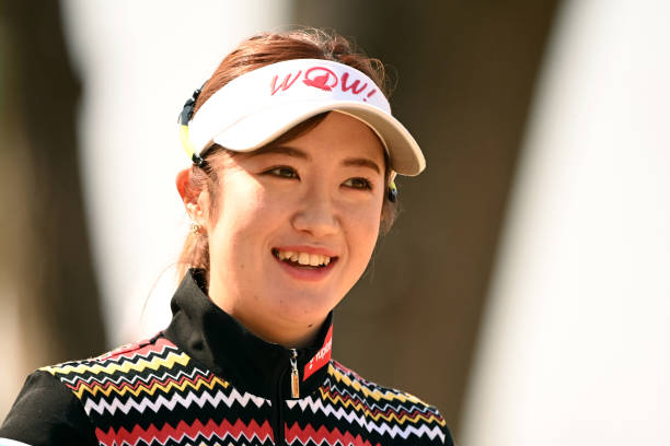 https://media.gettyimages.com/photos/nanoko-hayashi-of-japan-smiles-on-the-3rd-hole-during-the-final-round-picture-id1306926311?k=6&m=1306926311&s=612x612&w=0&h=M-L7rL7tR5jt2a6y66_6uPULiRO0z2lTJ_2f22OcdsI=