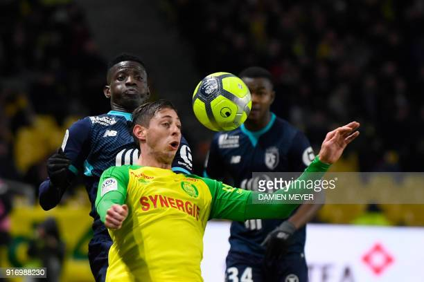 Nantes' Argentinian forward Emiliano Sala vies with Lille's Portuguese defender Edgar Ie during the French L1 football match Nantes against Lille on...