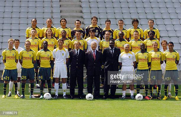 French Nantes' football team poses 01 August 2006 at the La Beaujoire stadium in Nantes First row from left Christian Wilhelmsson of Sweden Julio...