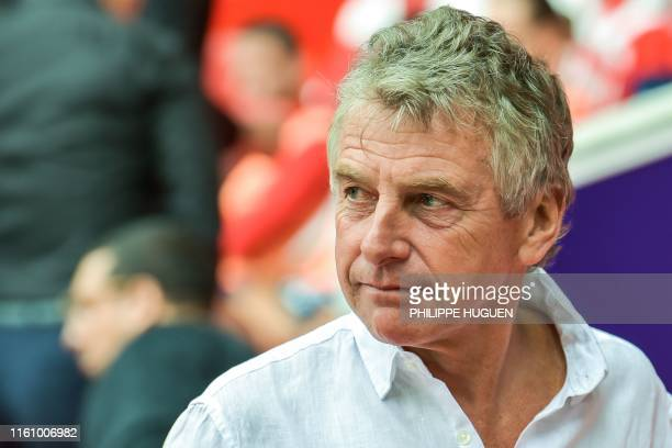 Nantes' French head coach Christian Gourcuff looks on during the French L1 football match between Lille and FC Nantes at the Pierre Mauroy Stadium in...