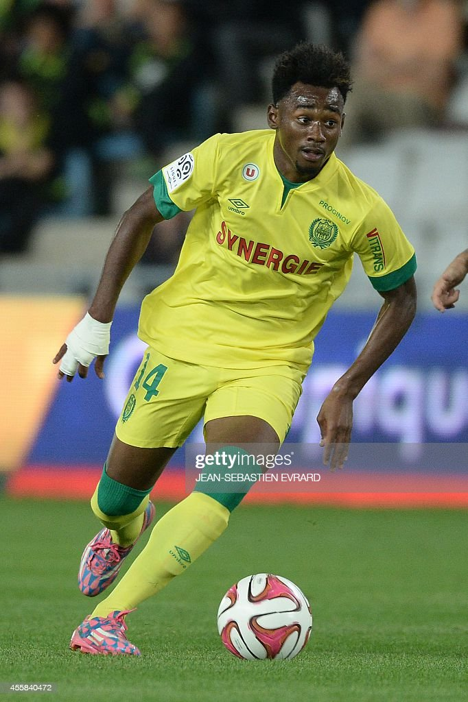 Nantes' French midfielder Georges Kevin Nkoudou runs with the ball during the French L1 football match between Nantes (FCN) and Nice (OGC) on September 20, 2014 at the Beaujoire stadium in Nantes, western France.