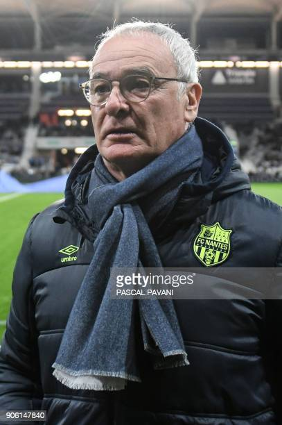 Nantes' Italian head coach Claudio Ranieri looks on during the French L1 football match Toulouse against Nantes on January 17 2018 at the Municipal...