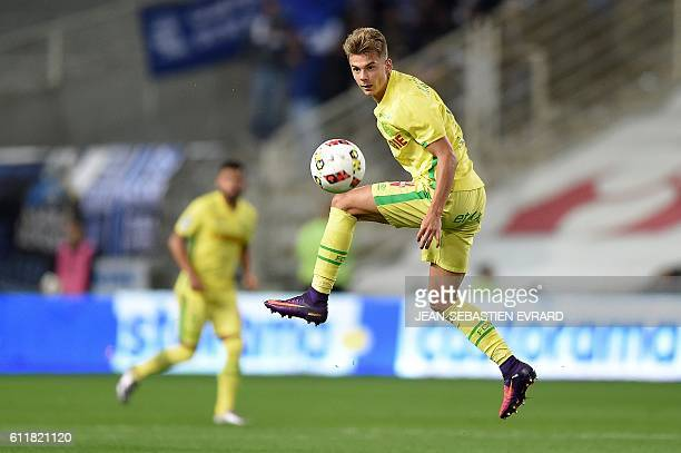 Nantes' Swedish midfielder Alexander Kacaniklic controls the ball during the French L1 football match between FC Nantes and SC Bastia at the...