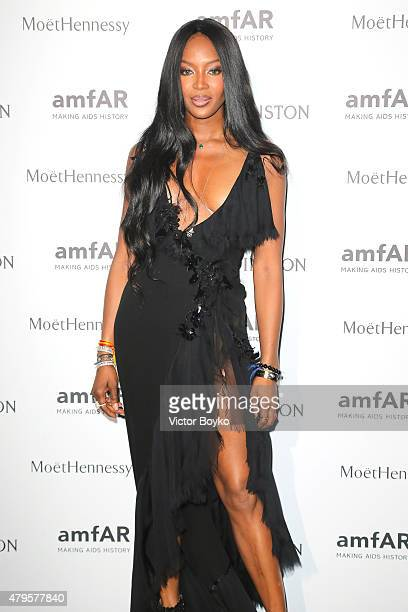 Naomi Campbell attends the amfAR dinner at the Pavillon LeDoyen during the Paris Fashion Week Haute Couture on July 5 2015 in Paris France