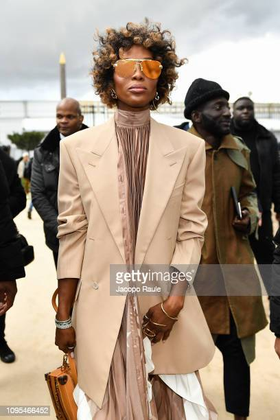 Naomi Campbell attends the Louis Vuitton Menswear Fall/Winter 20192020 show as part of Paris Fashion Week on January 17 2019 in Paris France