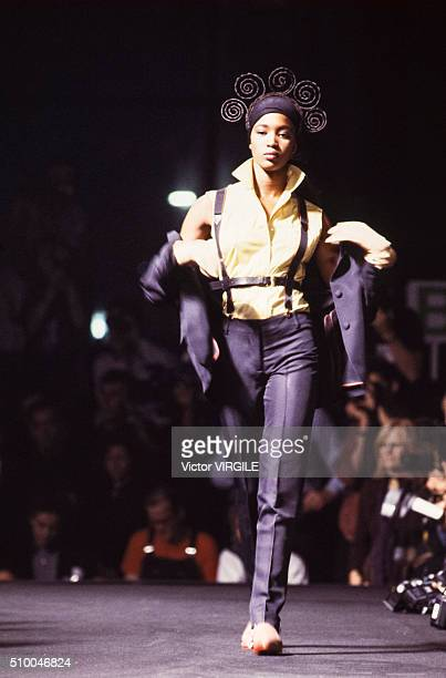 Naomi Campbell walks the runway at the Jean Paul Gaultier Pret a Porter Spring/Summer 19891990 during the Paris Fashion Week in October 1989 in Paris...