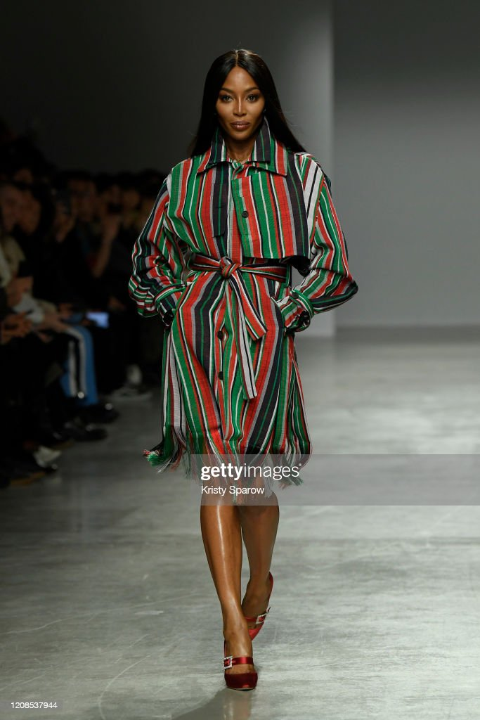 Kenneth Ize : Runway - Paris Fashion Week Womenswear Fall/Winter 2020/2021 : News Photo