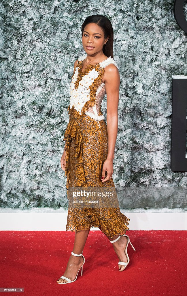 Naomi Harris attnds the European Premiere of 'Collateral Beauty' at Vue Leicester Square on December 15, 2016 in London, England.