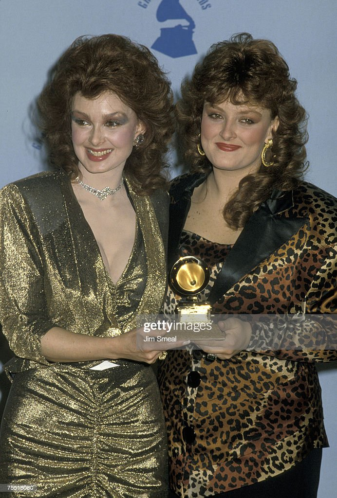 Naomi Judd and Wynonna Judd at the Shrine Auditorium in Los Angeles, California