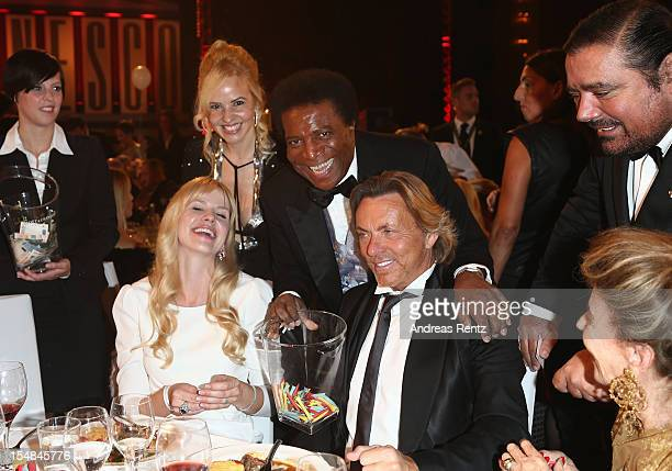Naomi Kern Roberto Blanco and Otto Kern attend the 21st UNESCO Charity Gala 2012 on October 27 2012 in Dusseldorf Germany