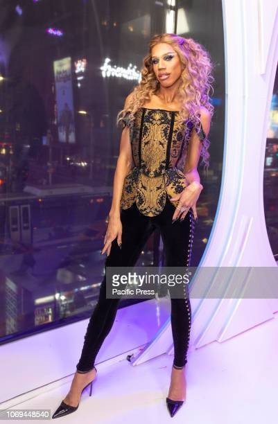 Naomi Smalls attends Meet the Queens of RuPaul's Drag Race All Stars by VH1 at TRL Studios