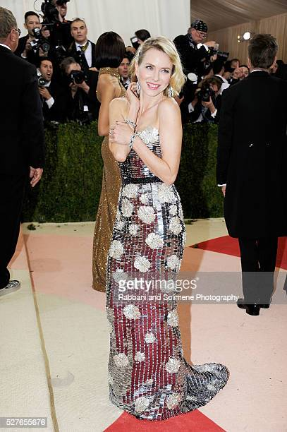 Naomi Watts attends 'Manus x Machina Fashion In An Age Of Technology' Costume Institute Gala at