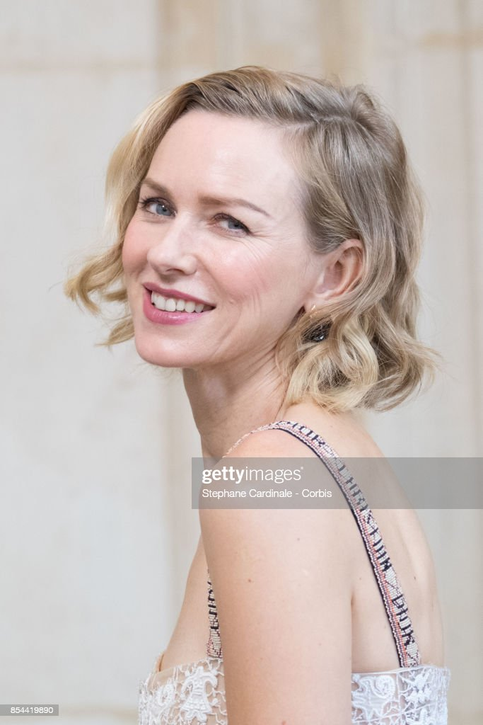 Naomi Watts attends the Christian Dior show as part of the Paris Fashion Week Womenswear Spring/Summer 2018 at on September 26, 2017 in Paris, France.