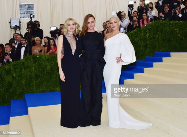 Naomi Watts Stella McCartney and Kate Hudson arrive at Rei Kawakubo/Comme des Garcons Art Of The InBetween Costume Institute Gala at The Metropolitan...