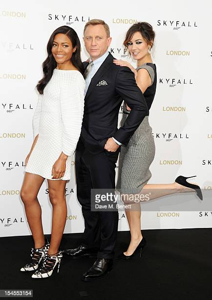 Naomie Harris, Daniel Craig and Berenice Marlohe attend a photocall for the new James Bond film 'Skyfall' at The Dorchester on October 22, 2012 in...
