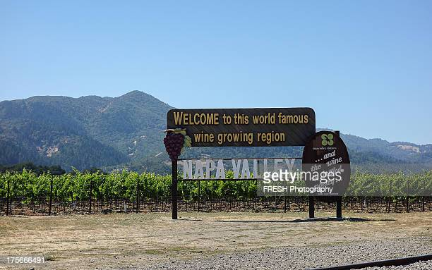 CONTENT] Napa Valley sign on the way into the valley heading north from the San Francisco Bay